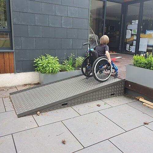 Aluminium-Chequer-Plate-Wedge-Ramp-for-Wheelchair-Access